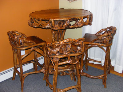 Antique Furniture Pittsburgh on Explosion Also Has Statues  Signature Glassware  Antique Furniture